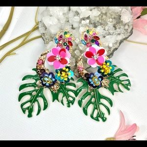 NEW 🌸🌺 Tropical Monstera Leaf Green Earrings